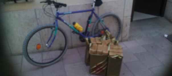 seguiremos recogiendo y entregando en bicicleta aunque haya que echar más viajes je je...