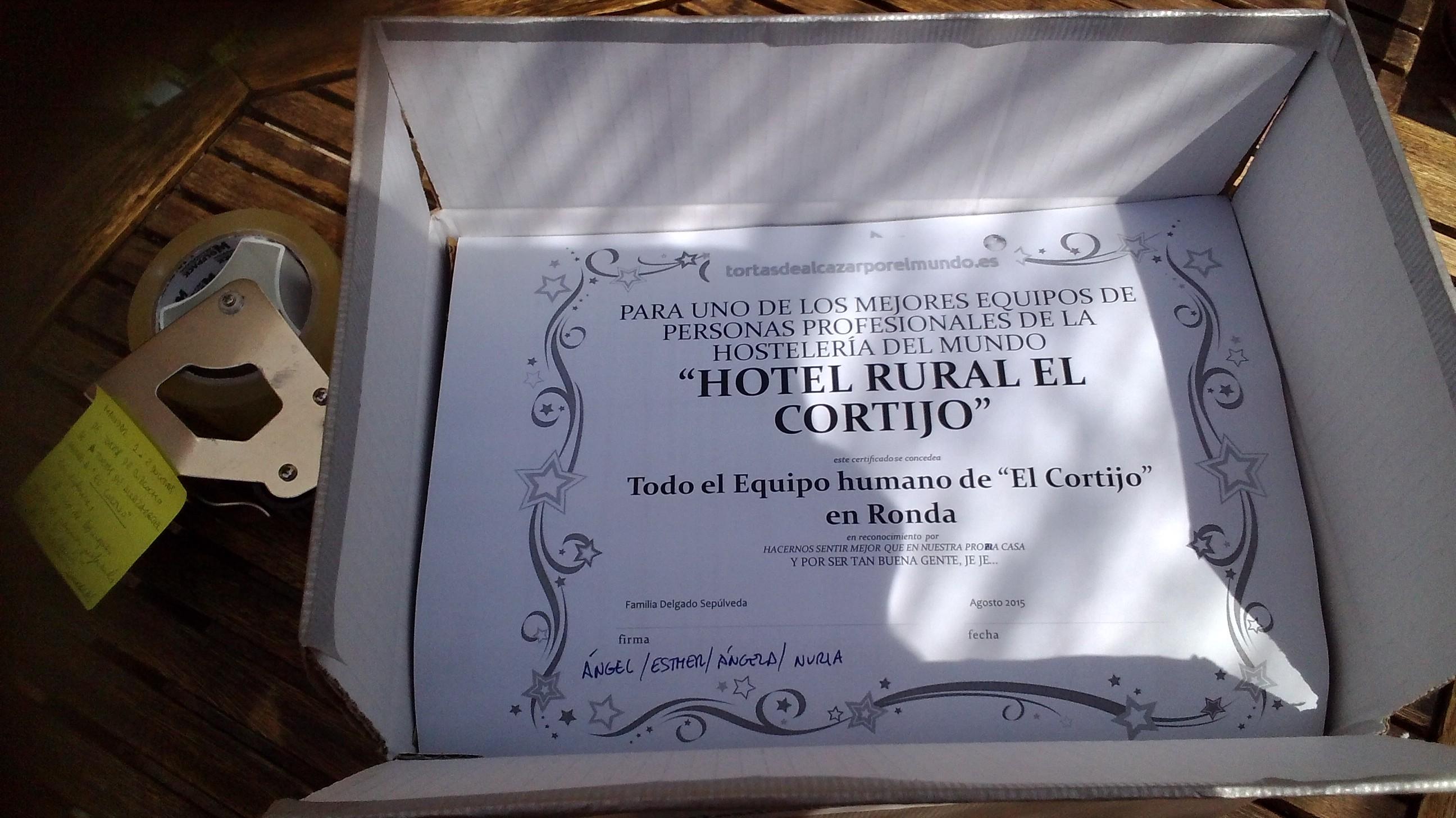 Diploma Hotel rural el cortijo en Ronda en caja tortasdealcazarporelmundo