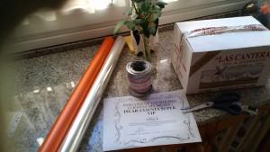 Preparando paquete para regalo diploma client@
