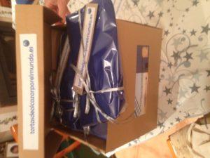Paquetes tortasdealacazarporelmundo.es envoltorio especial bloggers Guiso Bodas Camacho 2016 en caja embalaje
